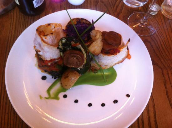 Compton, UK: Veggie main course prepared on the spot (so delicious)