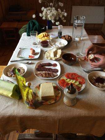 Idena, Lettonie : Le petit déjeuner !!!!