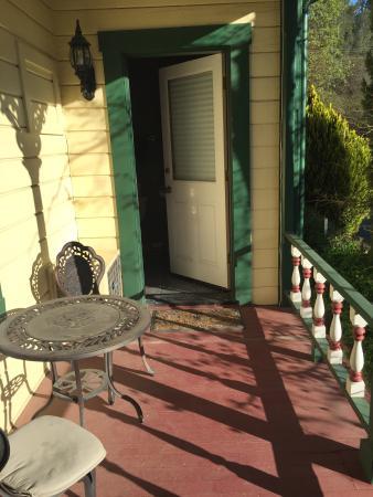 All Seasons Groveland Inn B&B: photo2.jpg