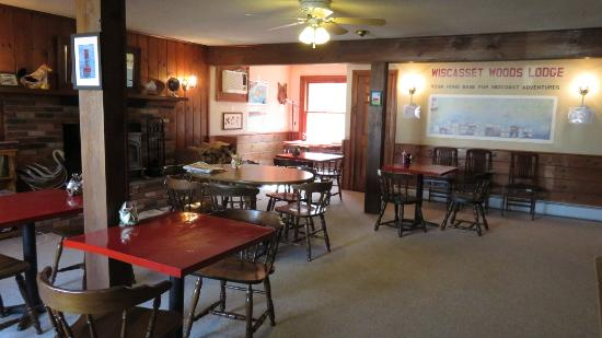 Wiscasset Motor Lodge: Dining room open from 6 am to 10 pm