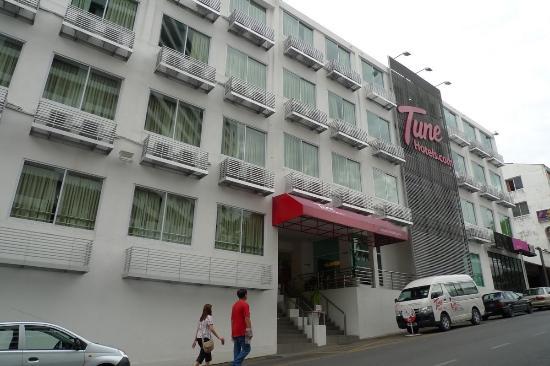 tune hotel waterfront kuching lobby picture of tune hotel rh tripadvisor com