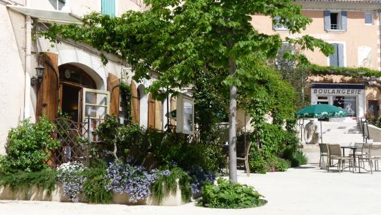 Terrasse Au Printemps Picture Of L Hotel Restaurant Des