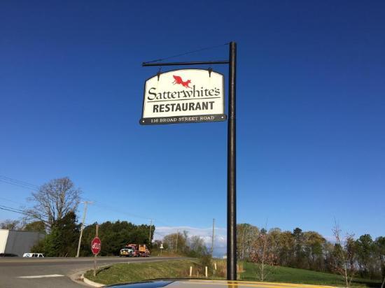 Manakin Sabot, VA: Satterwhite's Restaurant