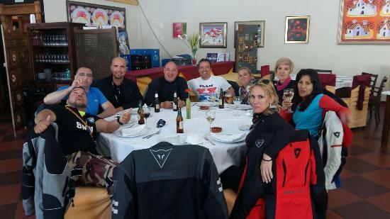 Canillas de Aceituno, España: Buena tarde con buena compañia