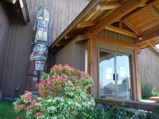 Quadra Island, Canada: FRONT DOOR TOTEM AND STREAM