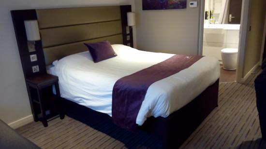 Premier Inn Glasgow (Cambuslang/M74, J2A) Hotel: Room