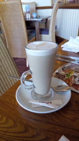 Premier Inn Glasgow (Cambuslang/M74, J2A) Hotel: Latte with breakfast (Costa)