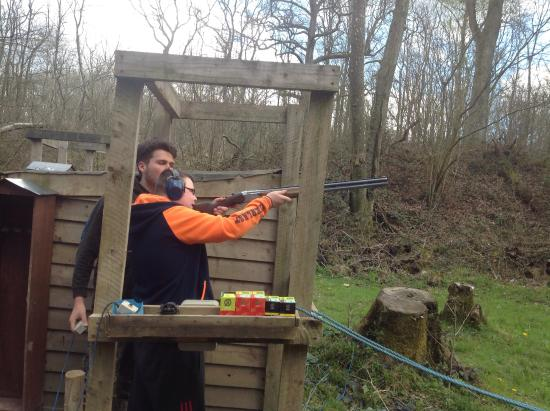 Southern Pursuits Jaan Clay Pigeon Shooting With Chris The Trainer At Tulleys Farm