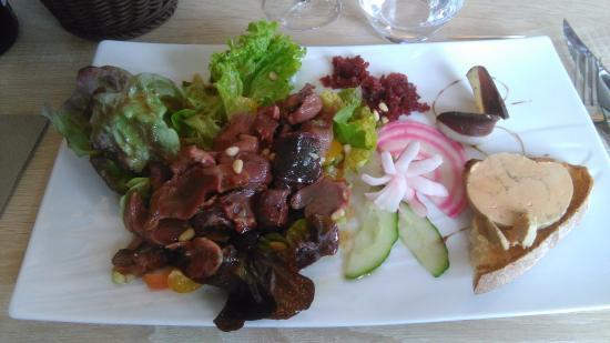 Riberac, Frankrijk: salade du périgord