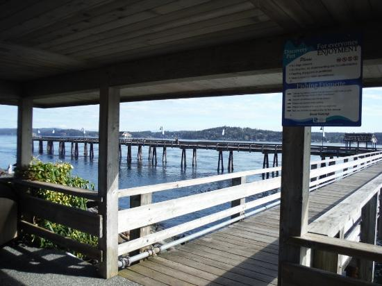 Campbell River, Canadá: ENTRANCE TO DISCOVERY FISHING PIER