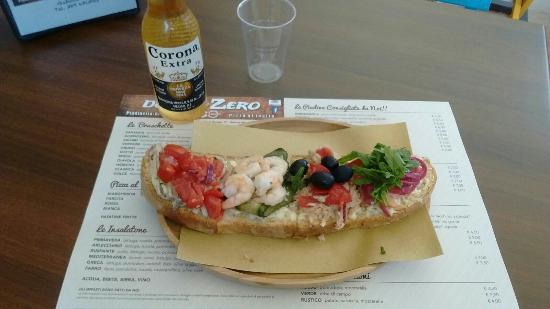 DoppioZero: La nostra bruschetta  di pesce  la pizza al taglio