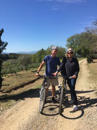 Tuscany Wine and Bike - Day Tour: Tuscany by Bike
