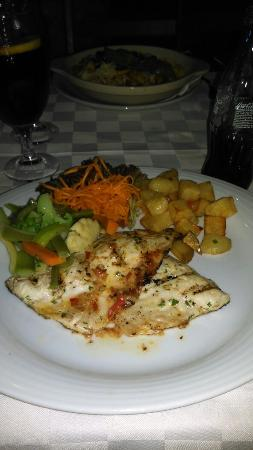 Fortaleza da Luz Restaurante: IMAG0552_large.jpg