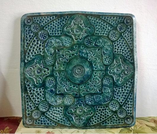 Tempio Pausania, Italia: Decorative platter, 50x50 cm, emerald green glaze with shades of blue