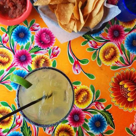 Cholos Homestyle Mexican Restaurant: Fun Tablecloths And Great Margaritas