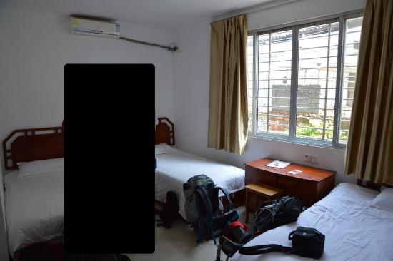 Showbiz Inn: Triple room
