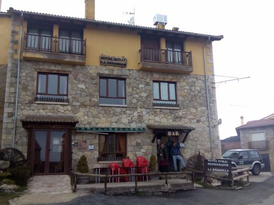 Hotel Rural La Dehesilla: Frontal del Hotel