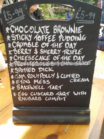 The New Forest Inn: Choice of deserts