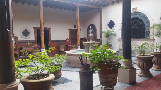 Hotel Mi Solar: Patio Colonial