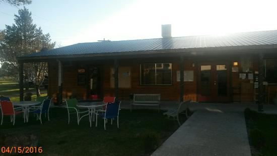 La Pine, Oregón: Cascade Meadows RV Resort