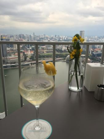 Sophisticated drinks with a view!