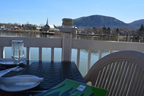Beloeil, แคนาดา: vue depuis la terrasse.