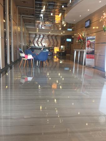 photo0 jpg picture of lariz wthree hotel makassar makassar rh tripadvisor com