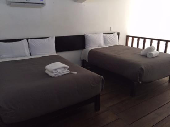 Hotel Maya Turquesa: Upper bedroom