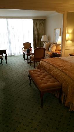 Little America Hotel and Resort: 20160415_163621_large.jpg