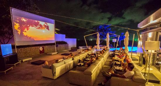 The Oceanfront Restaurant and Bar at Kata Rocks: Culinary Cinema