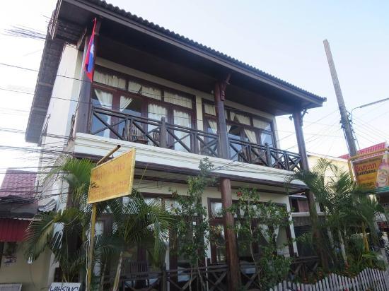 Entrance - Rattana Riverside Guesthouse Photo