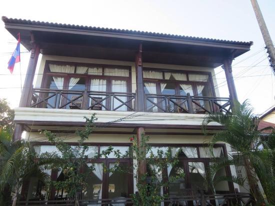 Entrance - Picture of Rattana Riverside Guesthouse, Don Khong - Tripadvisor