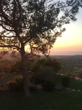 Paradisos Hills: photo0.jpg