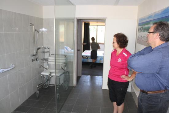 Batehaven, Australië: Beachfront Accessible Apartment