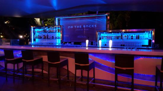 vue de l 39 embarcad re picture of on the rocks lounge bar port louis tripadvisor. Black Bedroom Furniture Sets. Home Design Ideas