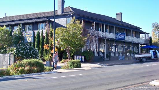 Coachwood & Cedar Motor Hotel Restaurant
