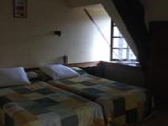 Auberge des 7 ecluses hotel rogny les sept ecluses for Chambre 0 decibel