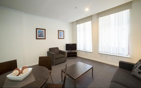 Franklin Central Apartments: One and Two Bedroom Apartment