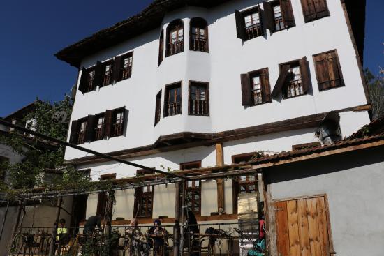 Tabag Ahmet Bey House