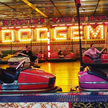 Lifton, UK: Dodgems