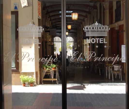 Photo of Hotel El Principe Zaragoza