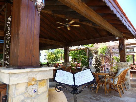 Almond Holiday Village: Excellant Snack & Evening Menu