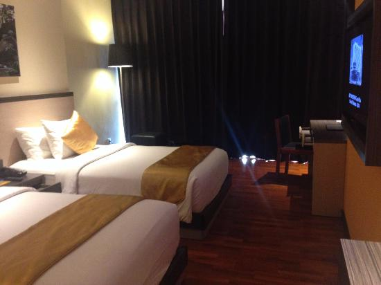spacious room complete with 42 inch tv i took from my phone rh tripadvisor ie