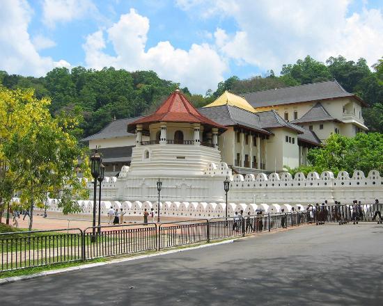 Bentota, Sri Lanka: Kanday Day Tour