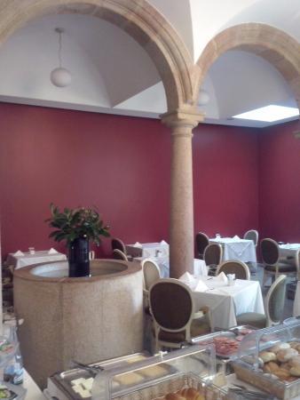 Hotel Bracara Augusta: Desayuno buffet