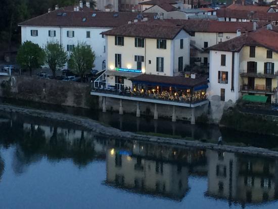Die Terrazza von der anderen Seite der Adda - Foto di Terrazza ...