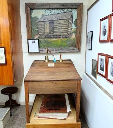 museum sam houston s desk picture of sam houston historic rh tripadvisor com
