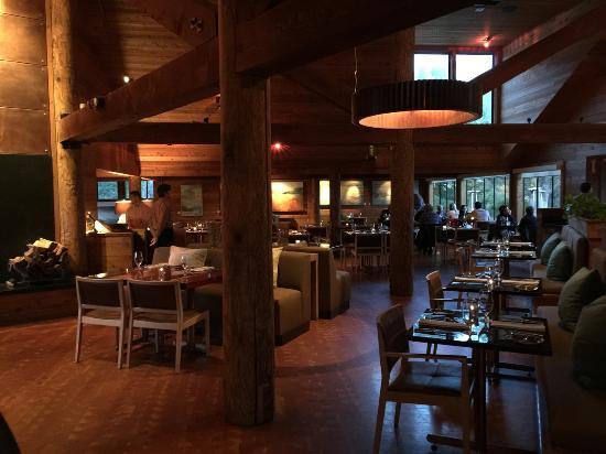 Ventana Inn & Spa: The restaurant.