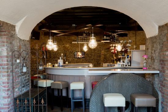 Veldhoven, Países Bajos: Gezellige, grote, ronde bar