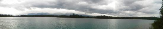 Atlin, Kanada: Lake Boya on a cloudy day